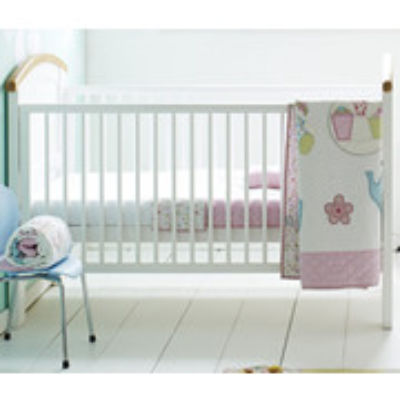 Mattress to fit Cosatto HOGARTH cot bed - mattress size is 140 x 70 cm.