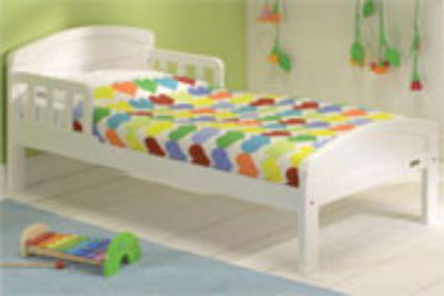 Mattress to fit East Coast Country cot bed - mattress size is 140 x 70 cm.