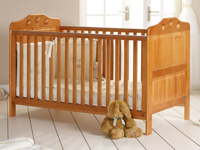 Mattress to fit OBaby Lisa Cot Bed - mattress size is 140 x 69 cm.