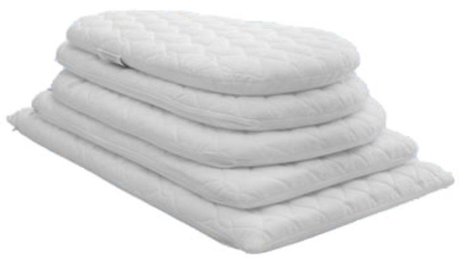 custom made mattress to fit chicco next 2 me bedside crib. Black Bedroom Furniture Sets. Home Design Ideas